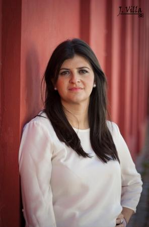 María